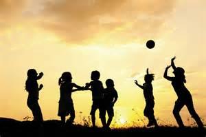 happy-children-playing-photo